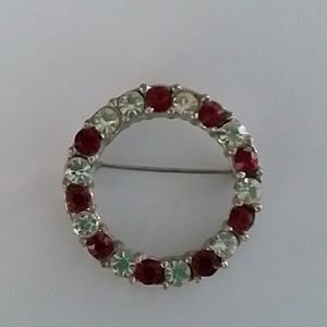 Jewelry - Red and white stone brooch pin